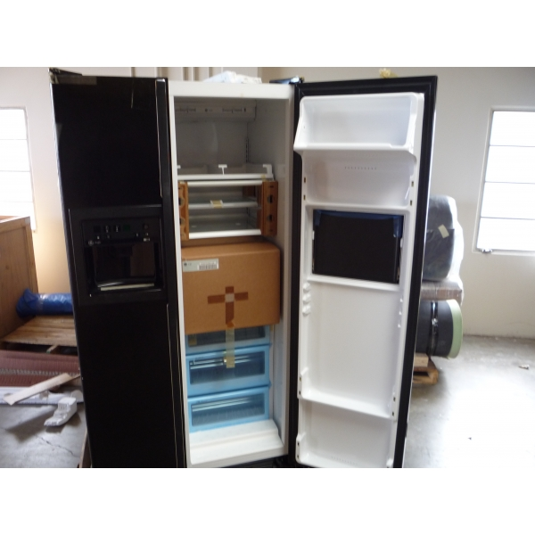 pg28pfcbb ge profile 28 cu ft refrigerator server door. Black Bedroom Furniture Sets. Home Design Ideas